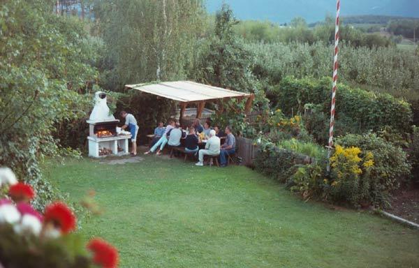 pension frunhaus südtirol italien, familie tröbinger: frunhaus, Garten und Bauen